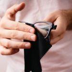 オリジナルのメガネ拭きを制作してもらうならどこにする?【14社価格まとめ】