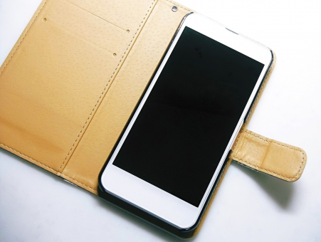 オリジナルiPhoneケースをデザインしてもらうならどこにする?【4社価格一覧】